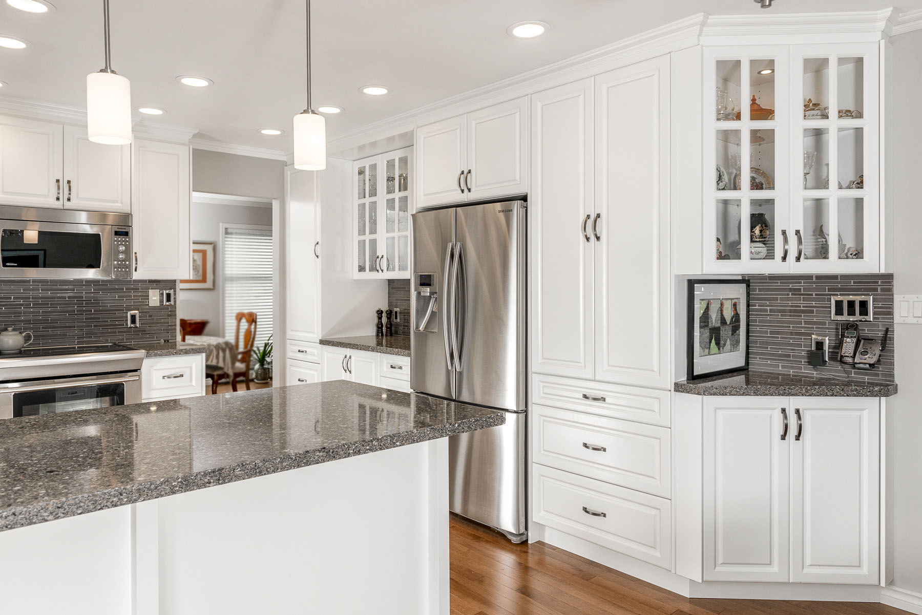 Trillium Place Coquitlam Home Kitchen And Bathroom Renovation And Remodelling Services In